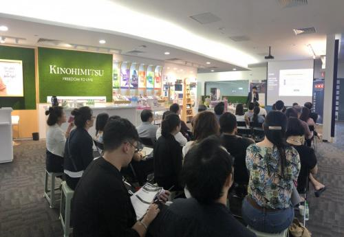 Marketing to Mainland Chinese Consumers in Singapore 02 01 | Kinofy